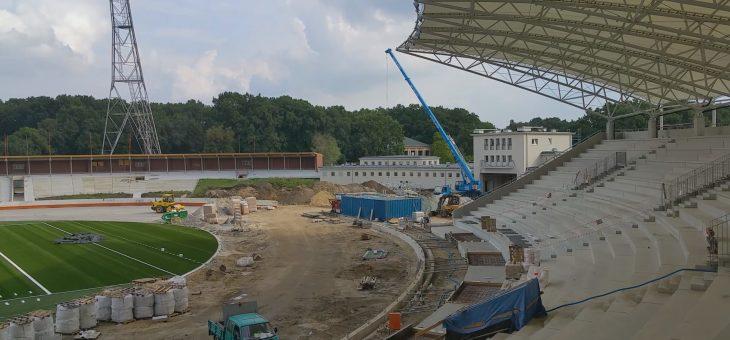 Z CYKLU CIEKAWE ZLECENIA :  Montaż zadaszenia – stadion Olimpijski we Wrocław